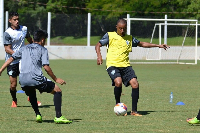 ブラジルパラナ州にサッカー留学中の清水君