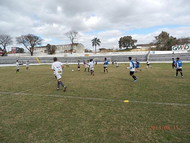 ブラジルのパラナ州のサッカークラブ「U-20」の練習に参【ブラジルサッカー留学】
