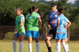 女子のブラジルサッカー留学募集中!